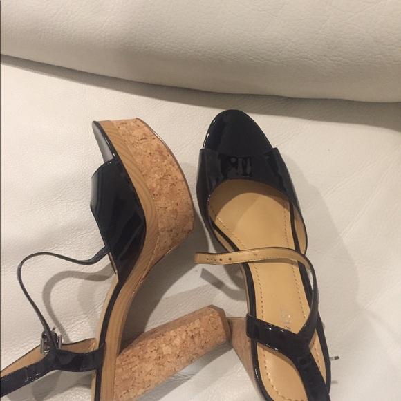 Peep Toe platform shoes